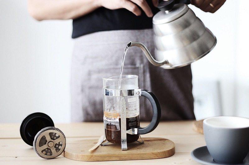 Pha-Espresso-voi-binh-French-Press