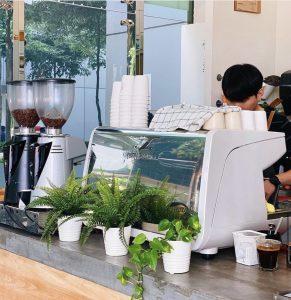 Vì sao phải chọn máy pha cà phê cho quán