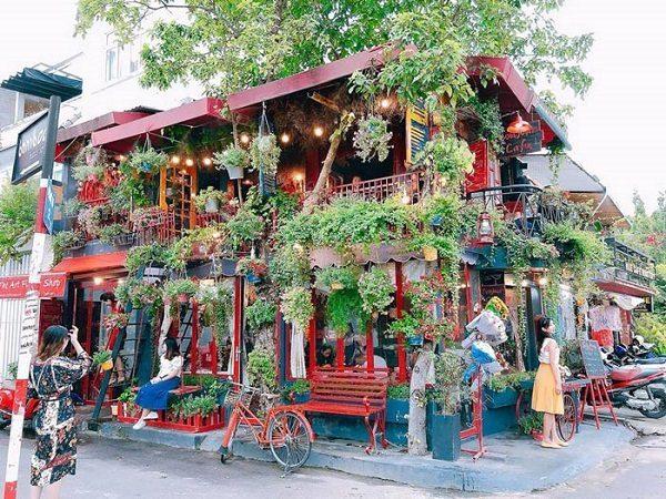 Bonjour Cafe The Art